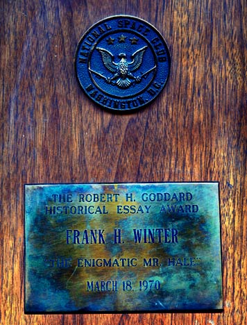 robert h goddard historical essay award Biography of chief enginee stan starr he received the 2001 dr robert h goddard historical essay award from the national space club for his essay reviewing the.